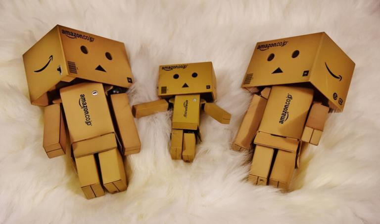 Tips for Moving with Kids_robot made of box